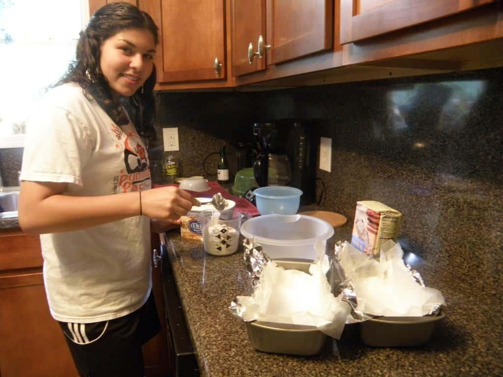 Helpig me make ice cream bread
