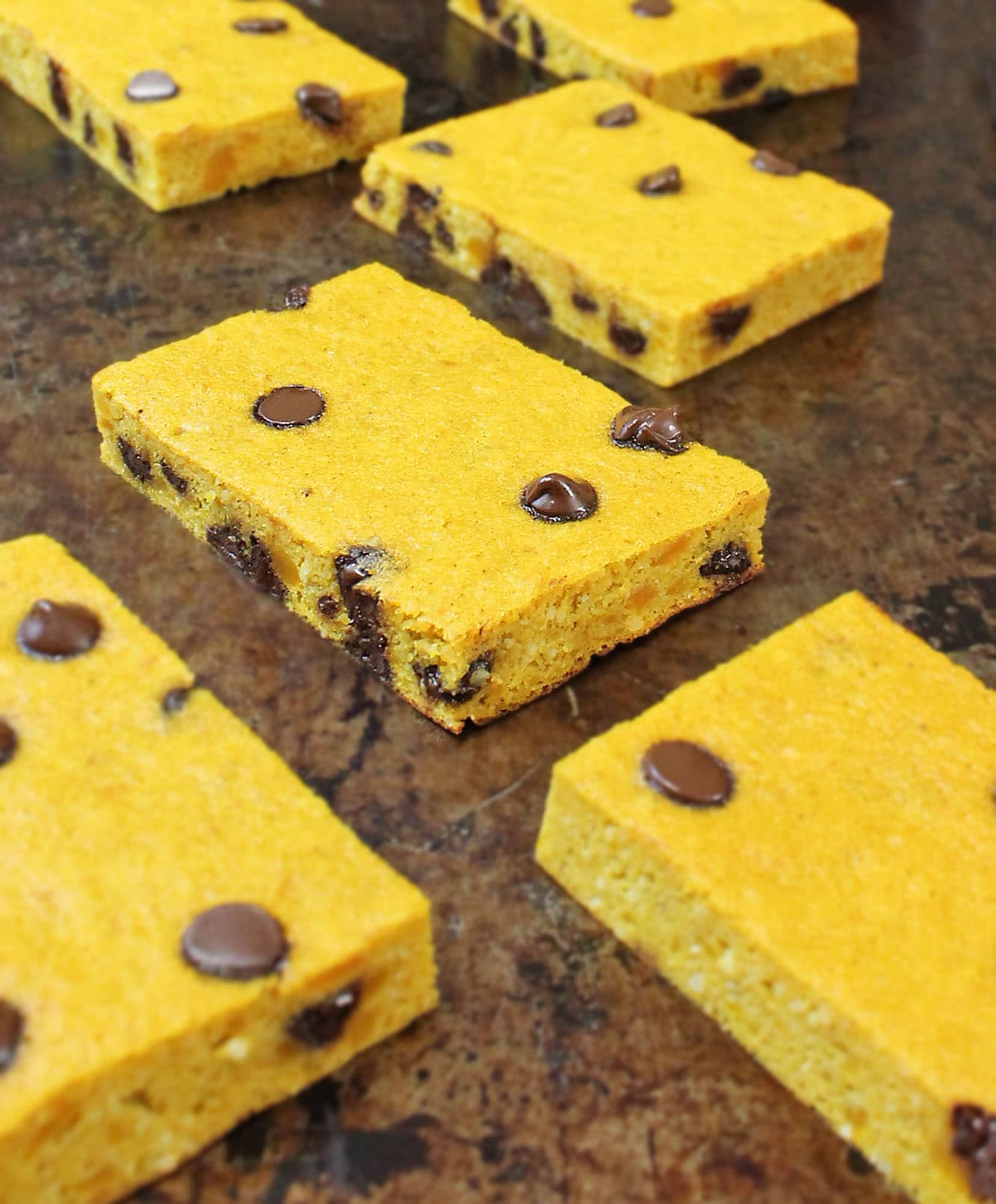 Chocolate Chip & Kabocha Breakfast Bars {Recipe}