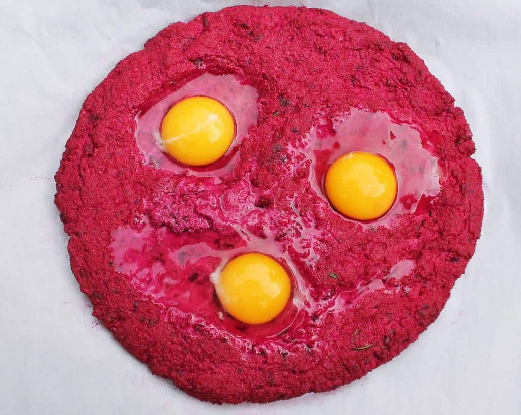 beet crust with eggs raw