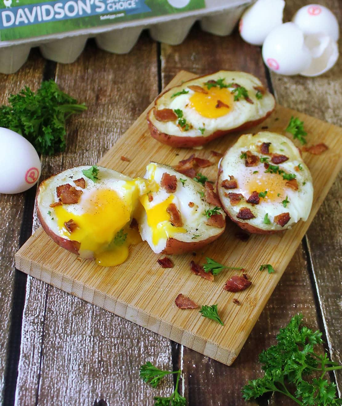 Bacon And Egg Potato Skins