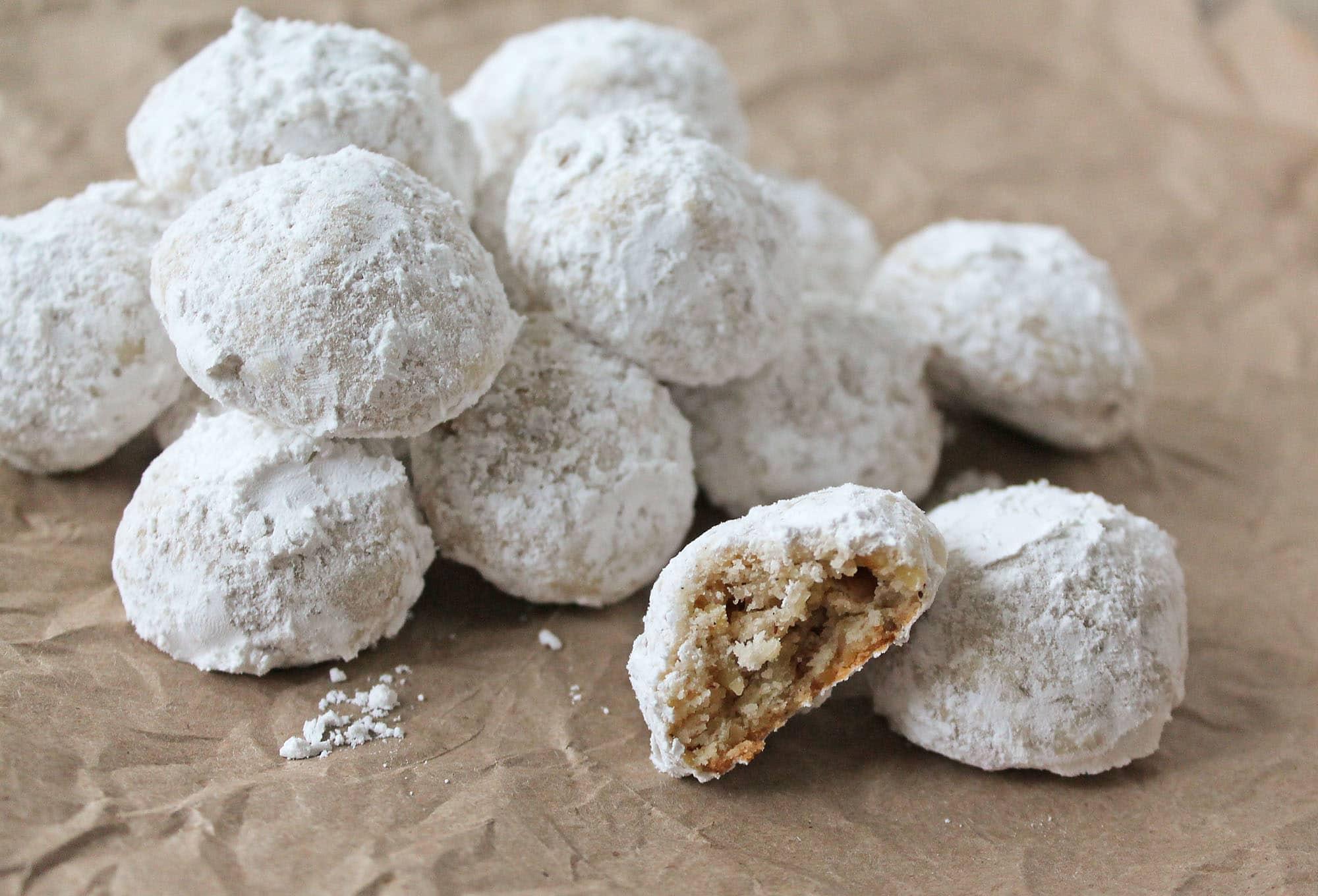 Gluten-Free-Snowballs