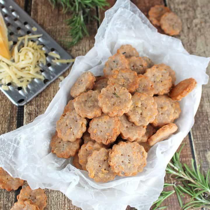 Gouda & Rosemary Crackers