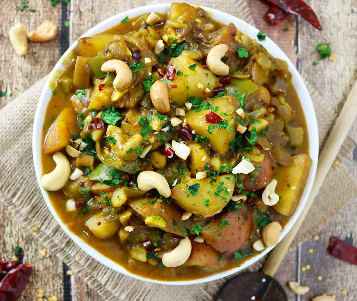 Potato & Cashew Curry