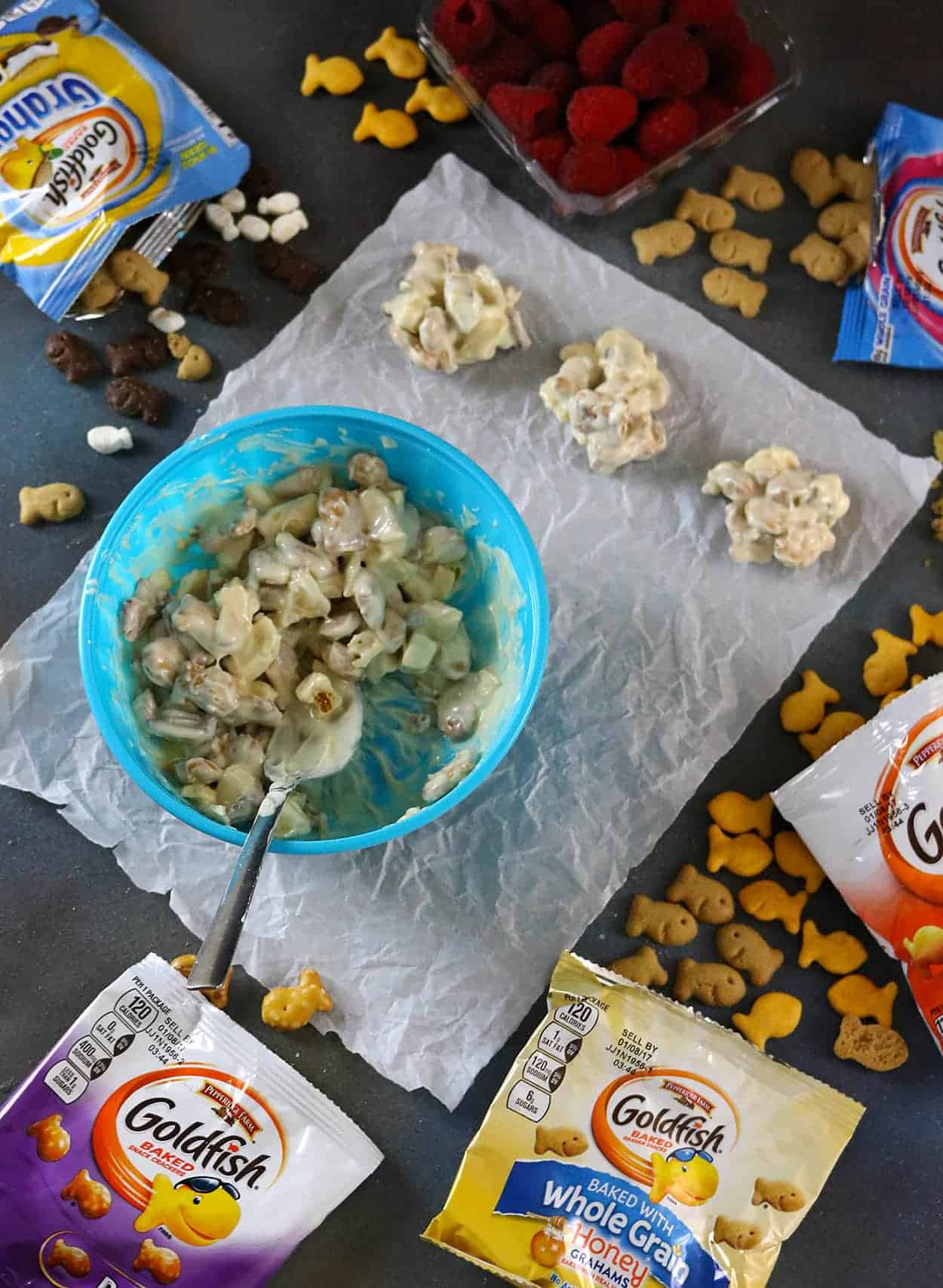 Sweet Salty Tangy Goldfish Snack Clusters #MixMatchMunch #ad Recipe at RunninSrilankan.com