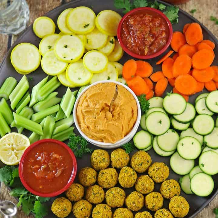 Salsa Hummus Dip & Picante Falafel Bites Snack Platter for Gameday #makegametimesaucy