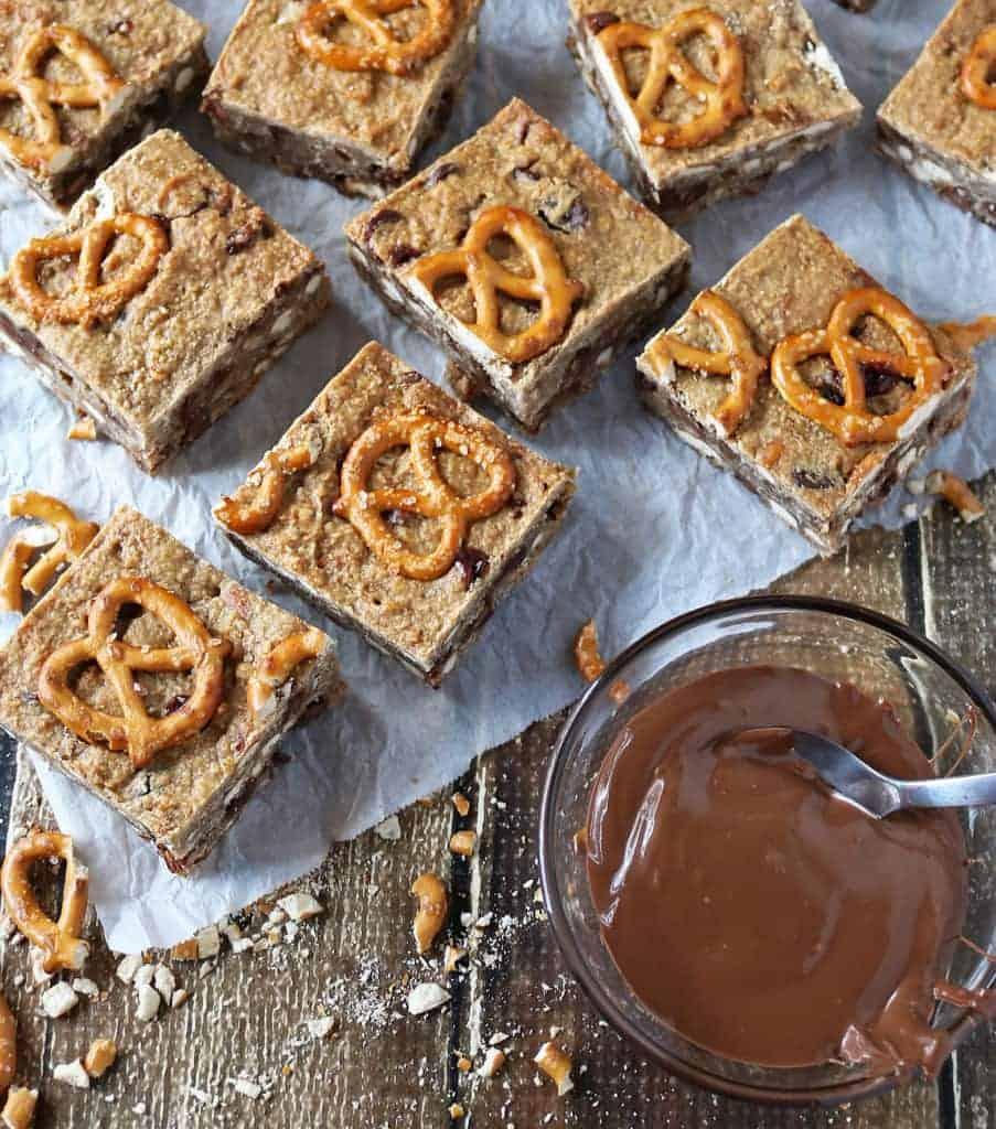 Healthy Chocolate Pretzel Bars