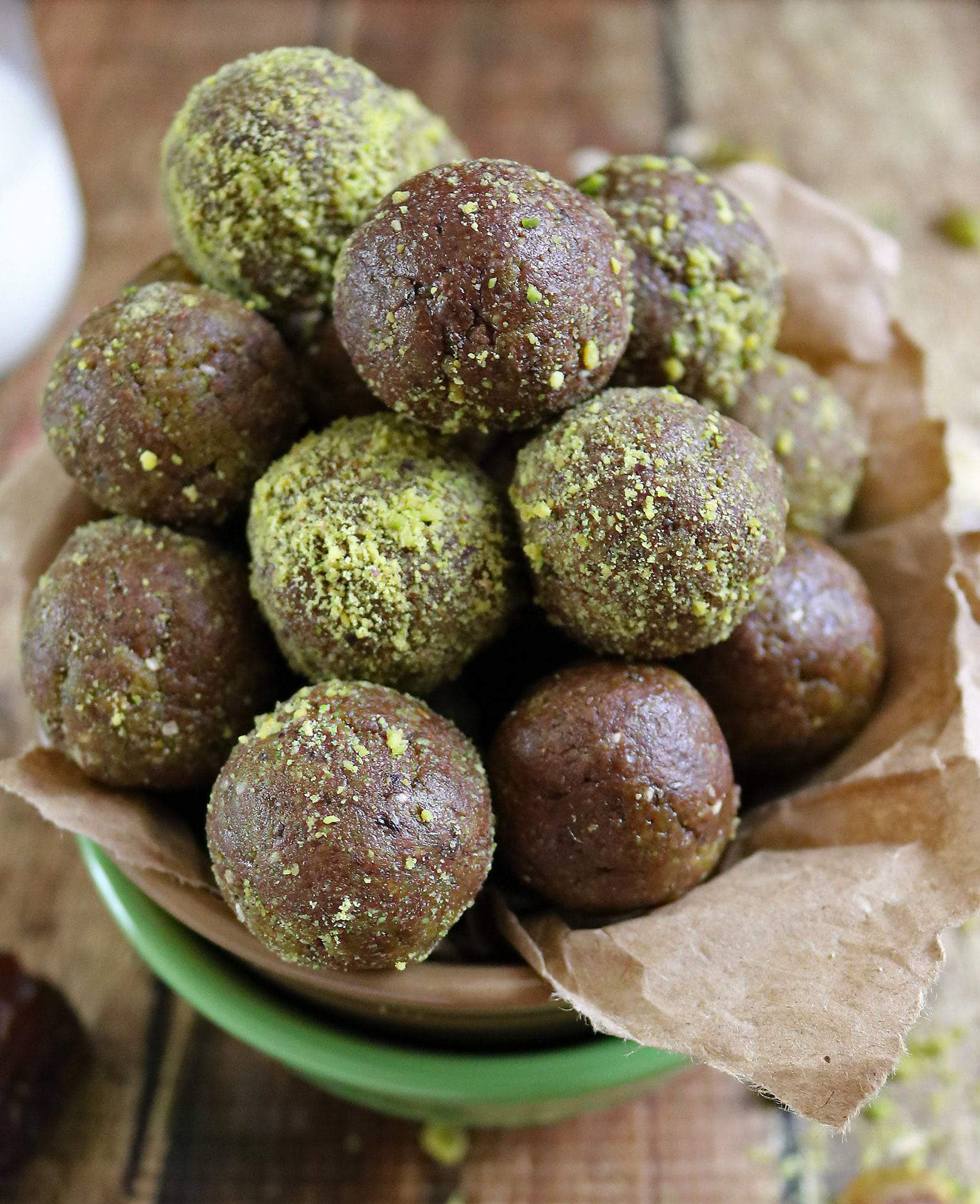 No Bake Chocolate Pistachio Bites