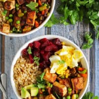 Simple Cumin & Coriander Spiced Tofu & Veggie Bowl