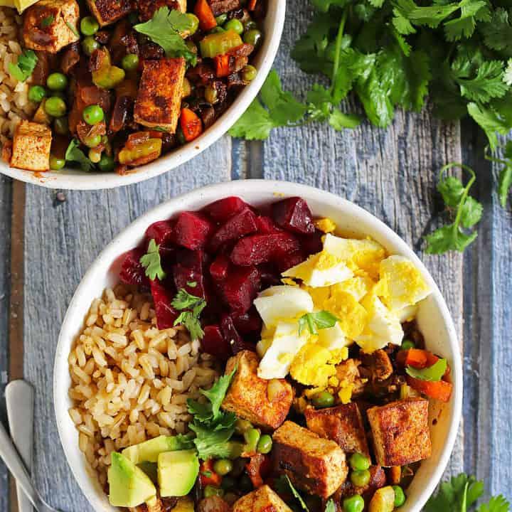 Simple Cumin & Coriander Spiced Tofu & Veggie Bowl