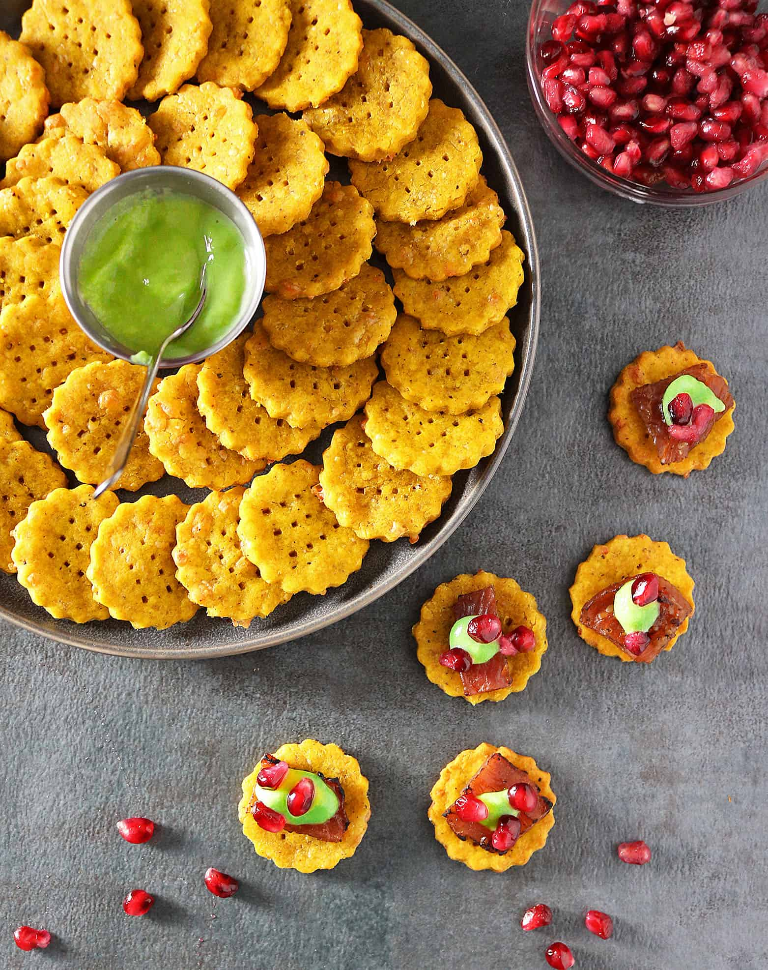 Easy Cheesy Pumpkin Cracker Appetizers