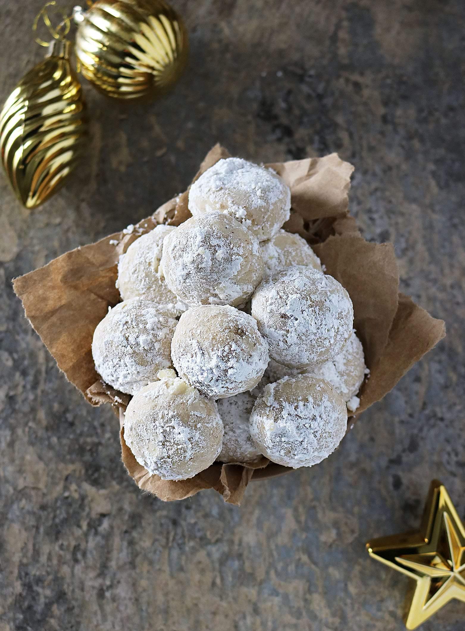 Easy Vegan Cardamom Cinnamon Snowball Cookies