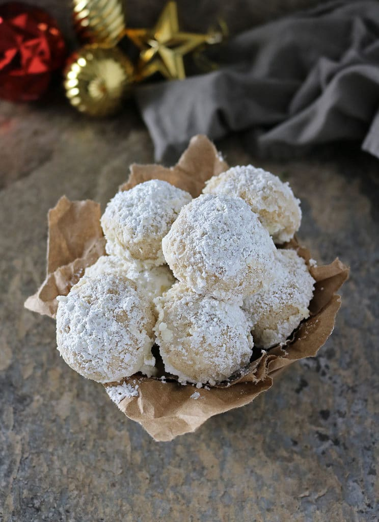 Vegan Snowball Cookies With Coconut oil