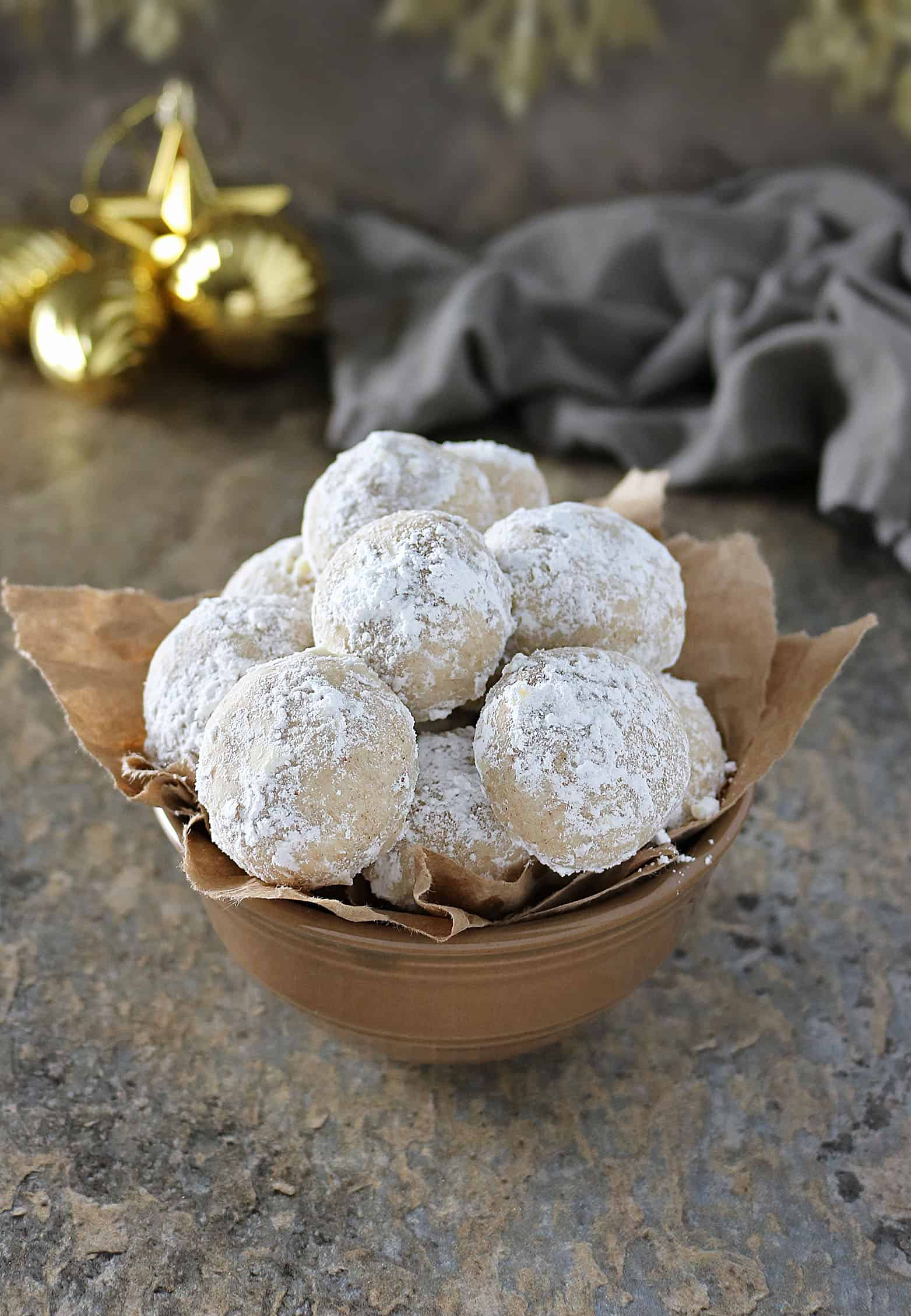 Vegan Snowball Cookies With Cardamom Cinnamon #IncredibleBulkBinTreatExchange