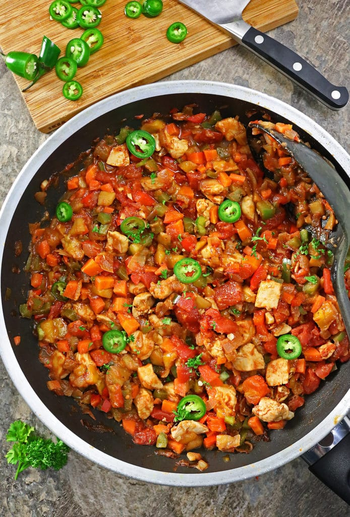Easy Spicy Sweet Mango Chicken Veggie Skillet