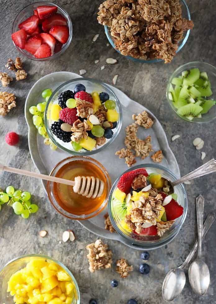 Photo of Easy Yogurt Fruit Granola Bowls