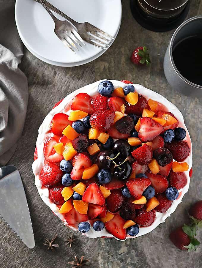 Photo of No Bake Strawberry Star Anise Cake