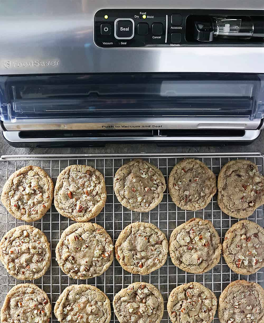 Photo of Ginger Pecan Cookies And FoodSaver FM5330 Vacuum Sealing System