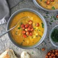 Roasted Garlic Pumpkin Soup
