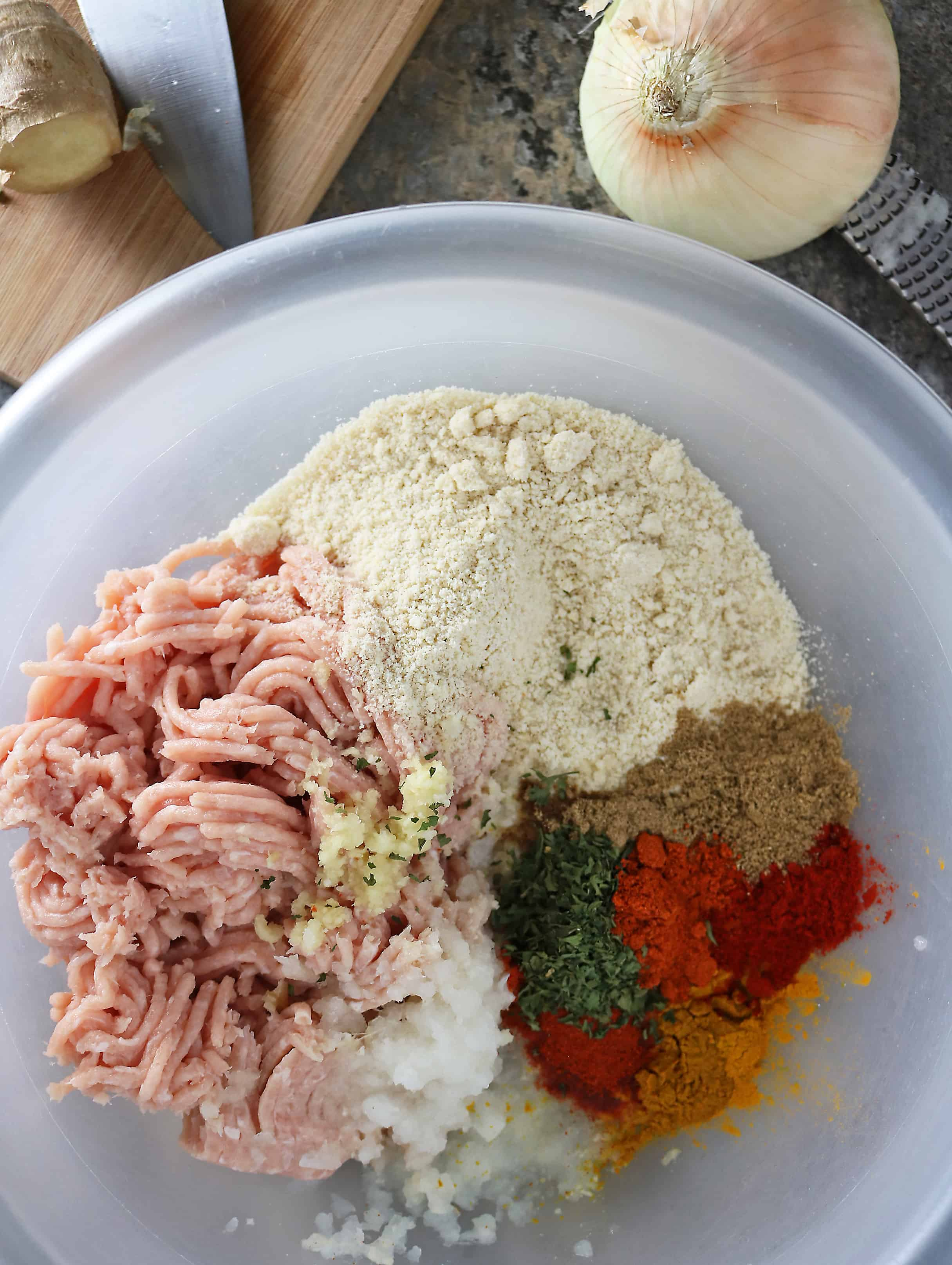 Photo of Ingredients For Spicy Herbed Baked Chicken Meatballs