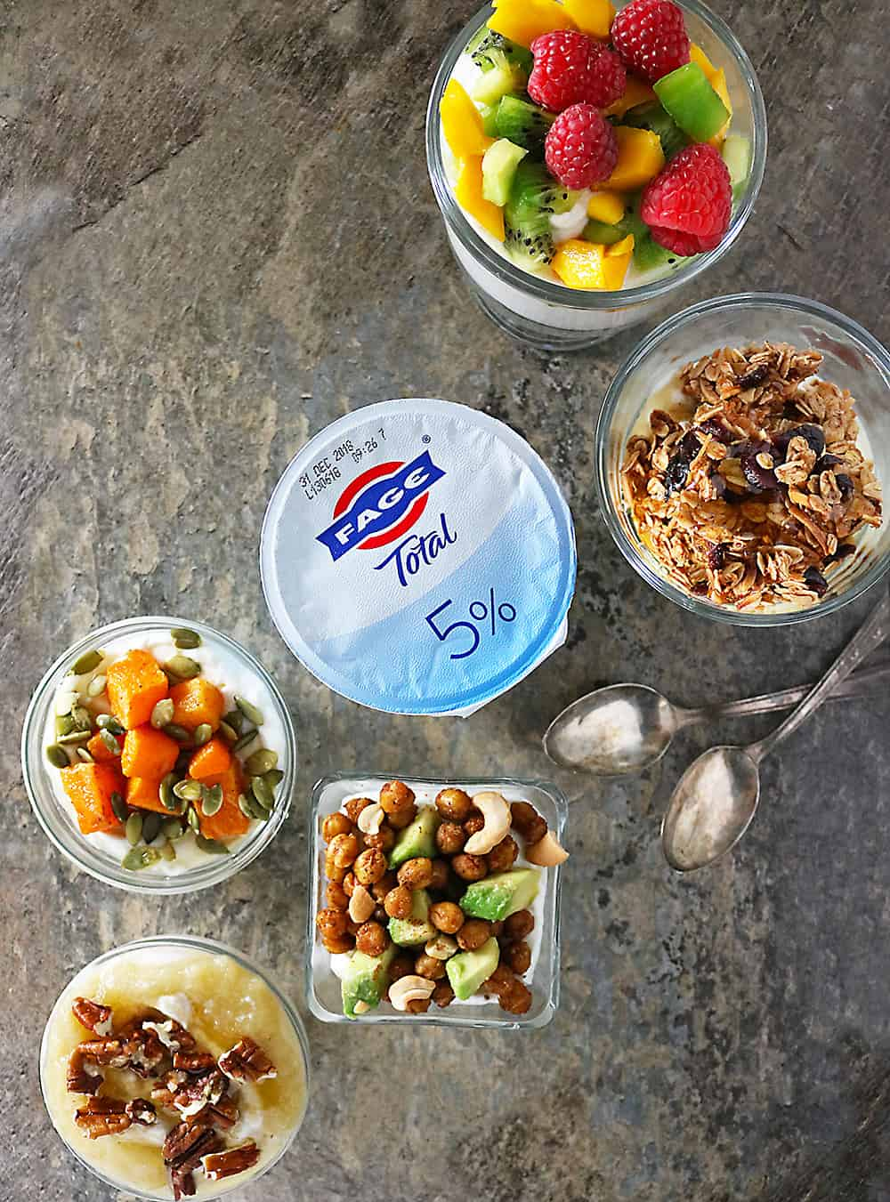 Start your New Year on a healthy and nutritious note with FAGE breakfast bowls!