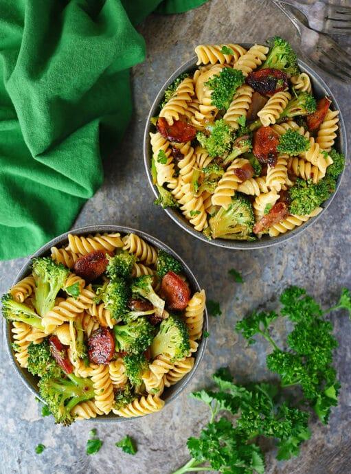 Easy Spicy Broccoli Sausage And Pasta Bowls