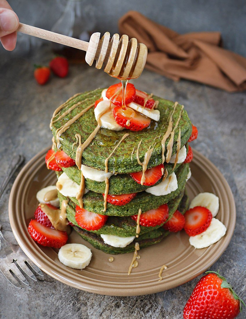 Stack of Delicious Oatmeal Green Smoothie Pancakes