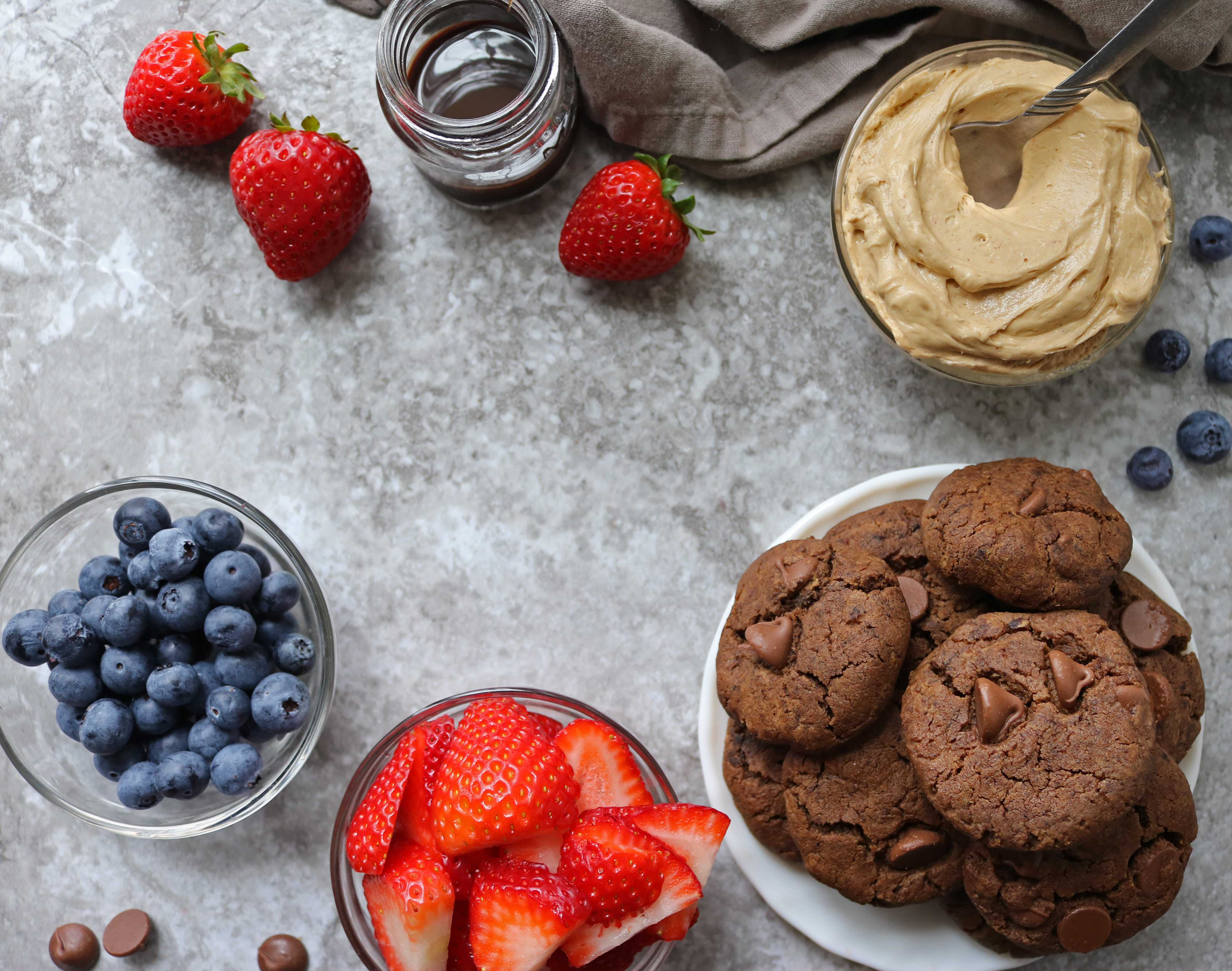 Ingredients For Peanut Butter Chocolate Cookie Trifle image