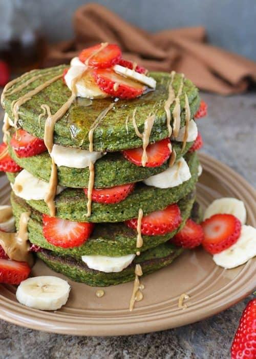 Green Smoothie Oatmeal Pancakes