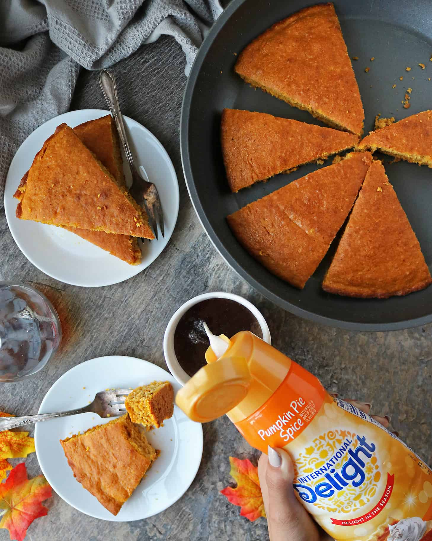 Easy Delicious No Flip Pumpkin Spice Pancakes With International Delight Creamer For Breakfast