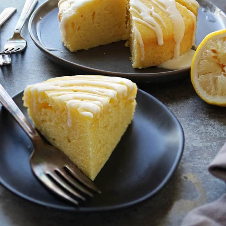 Easy Lemon Cake made with Mazola Corn Oil