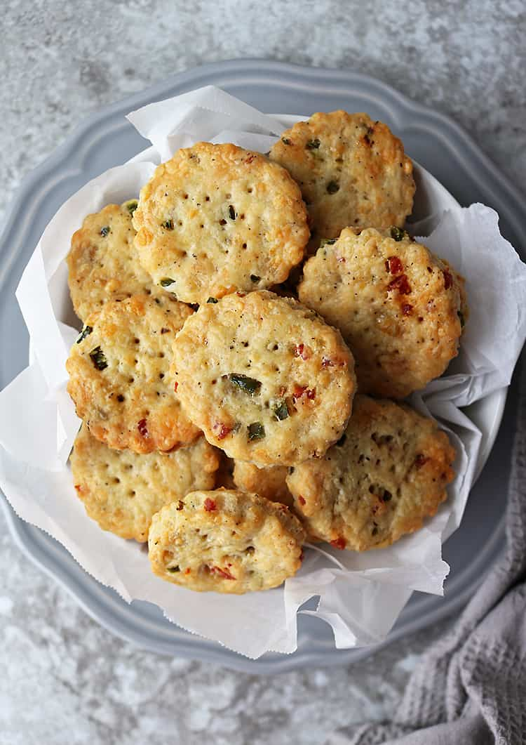 Tasty Easy Homemade Cheddar Jalapeño Pepperoni Cracker photo