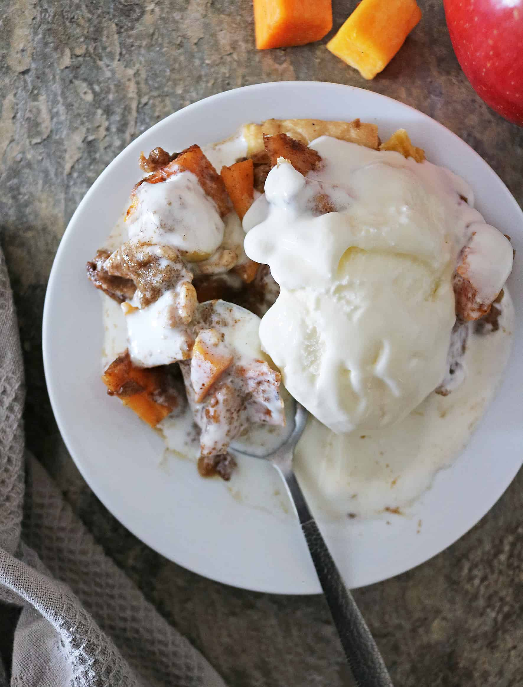 Delicious Apple Crumble Pie with butternut squash and Tillamook