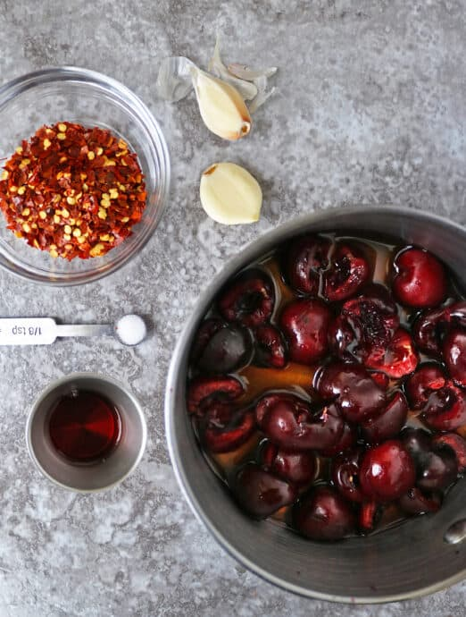 6 ingredients to make spicy cherry sauce