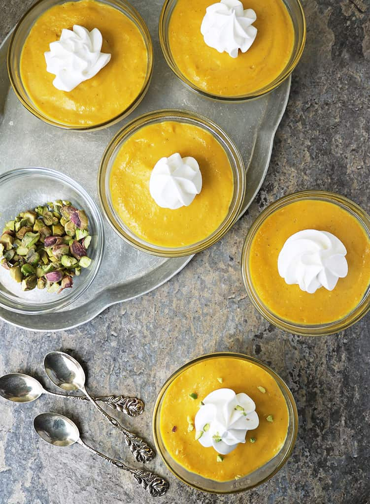 5 No-bake mango custard vegan