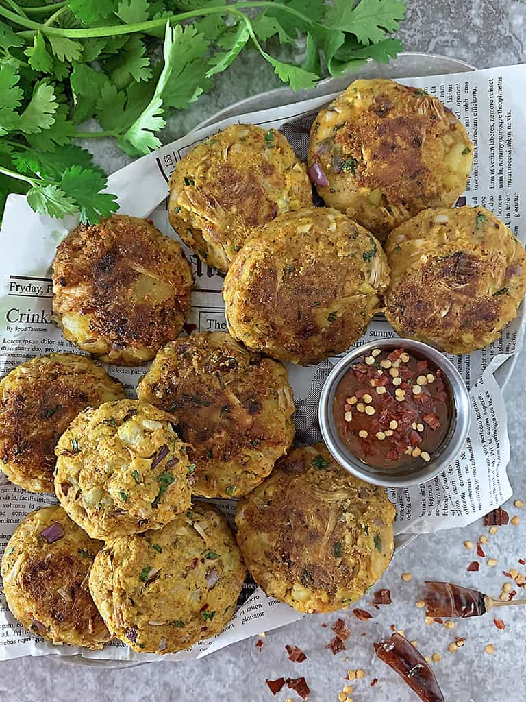 A platter full of Vegetarian jackfruit potato cakes.
