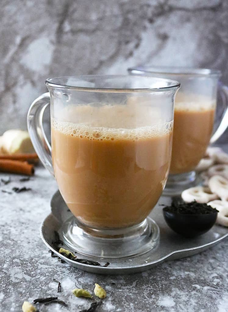 Delicious Slow cooker ginger tea with cardamom and cinnamon