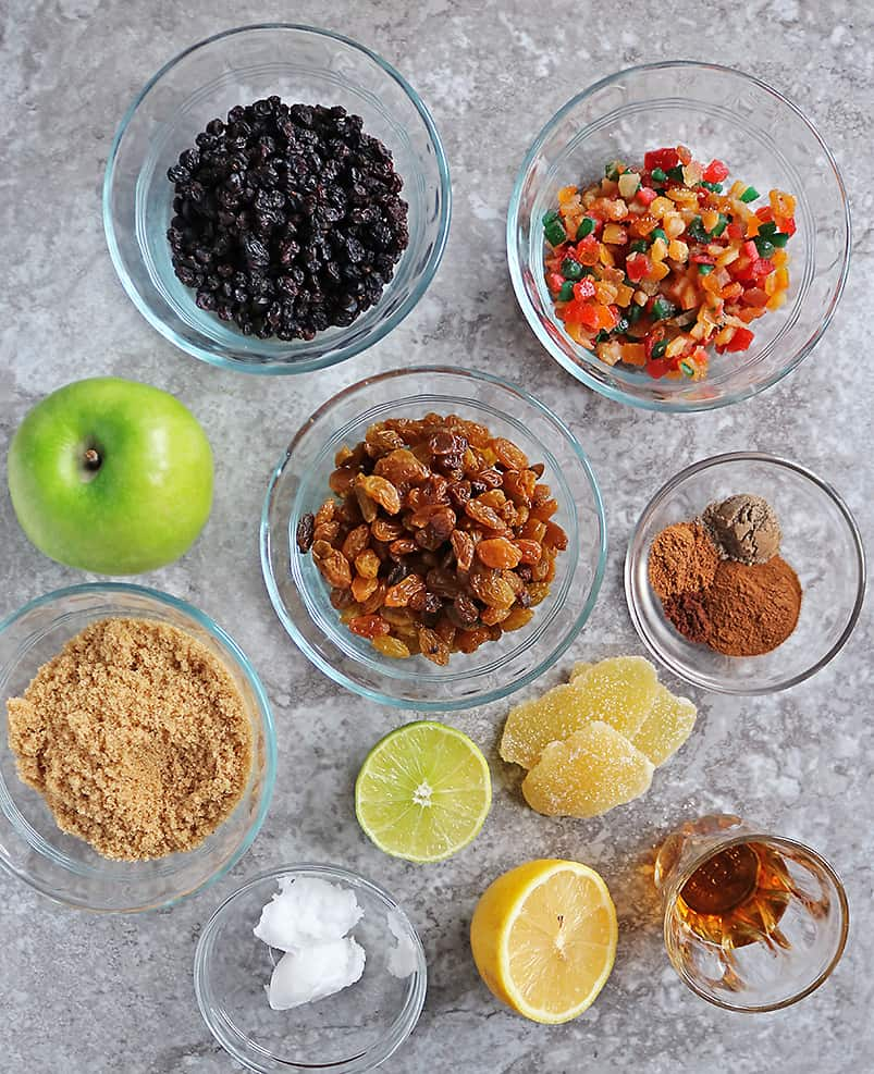 Flatlay of The ingredients to make easy homemade mincemeat recipe