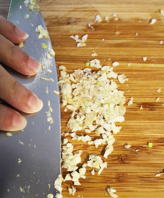 """Crushing or """"creaming"""" garlic salt for dressing"""