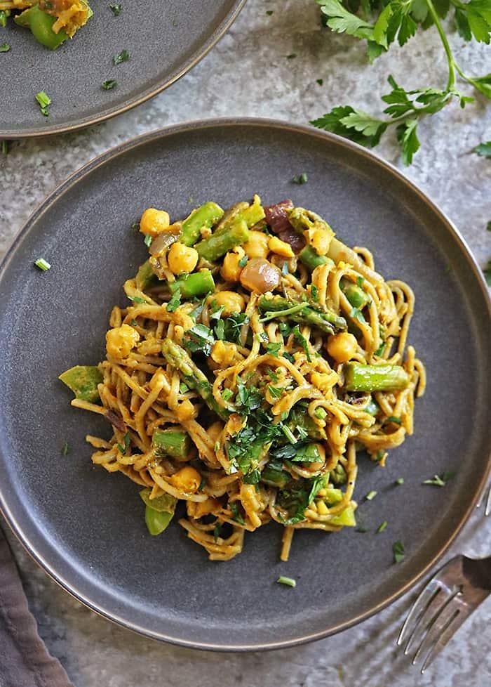 Easy tasty vegan veggie chickpea pasta in thick curry sauce