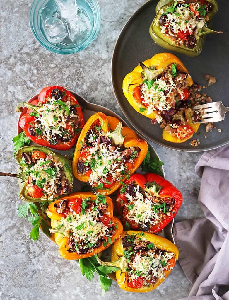 Easy vegan stuffed peppers