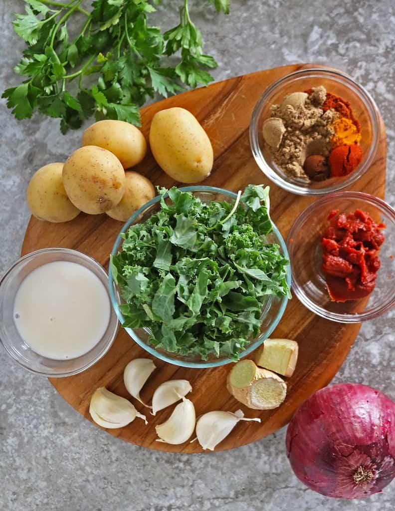 ingredients to make kale curry
